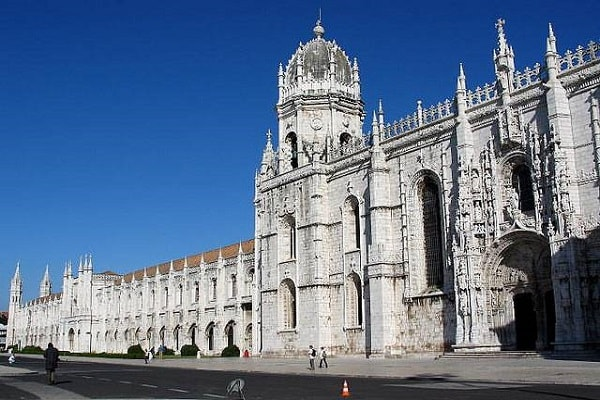 Attractions and Places to Visit in Lisbon